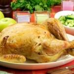 Курица запечённая, выдержанная в кефирном маринаде