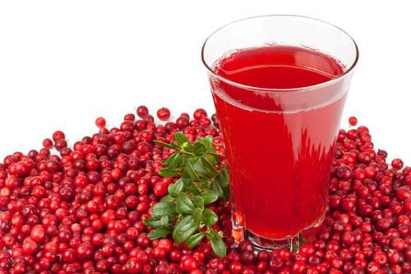 Диетологи ознакомили со списком напитков