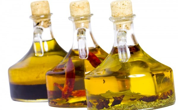 Уксусы на травах: рецепты и советы по приготовлению