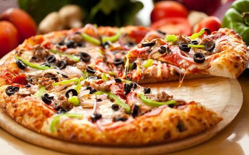 Пицца из простого дрожжевого теста