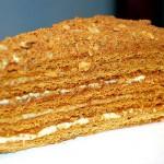 """Торт """"Медовик"""": лучшие рецепты и советы по приготовлению"""