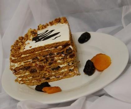 """Торт медовый с черносливом - """"Царский"""""""