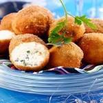 Салатные шарики » А — ля мимоза» из консервированной горбуши