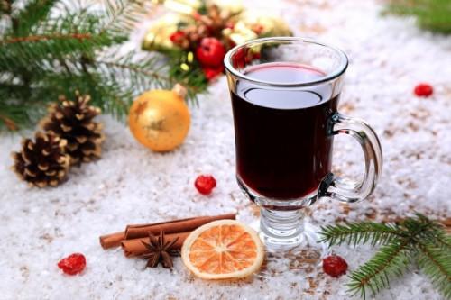 Зимние согревающие напитки: глинтвейн
