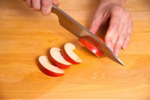 Свиные отбивные с яблоками