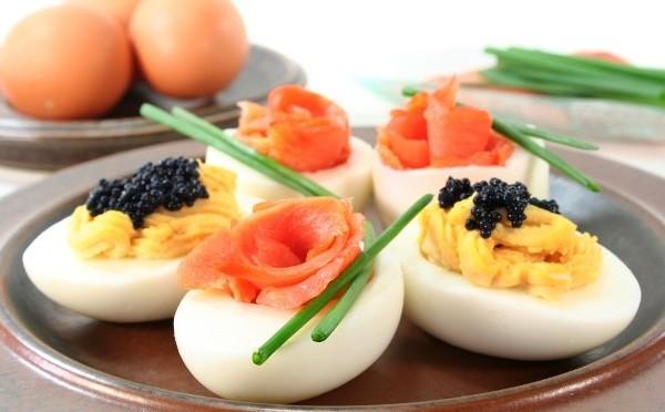 Закуска из яиц, Фаршированные яйца