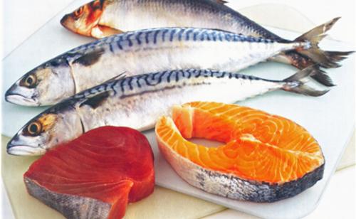 По содержанию жира рыб разделяют на три группы