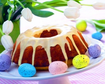 Пасхальный кекс с творогом и изюмом