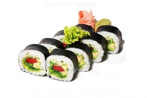 роллы с овощами и тунцом